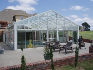 Glass swimming pool cover
